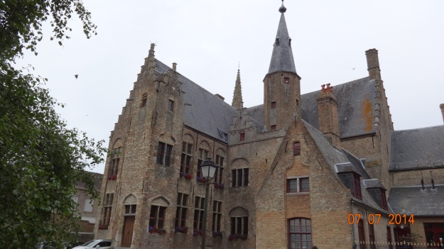 Flemish Architechture - Hondschoote Town Hall. Spot the 'bottle arches'