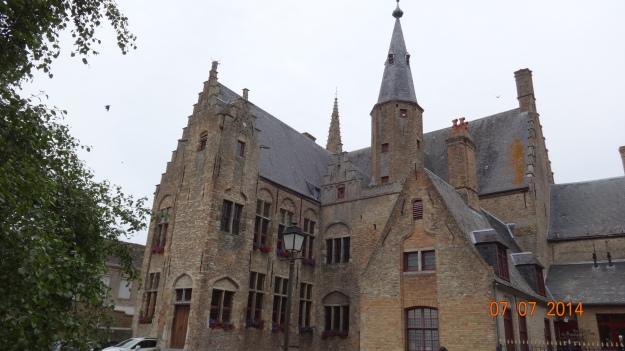 Flemish Architechture - Hondschoote Town Hall. Spot the 'bottle arches'