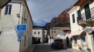 The narrow streets of Leonido