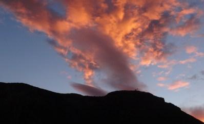 setting sun over Leonido