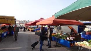 The popular market