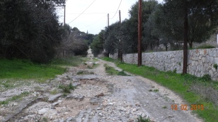 ..and a bad road! Why don't the Greeks see the problem here?