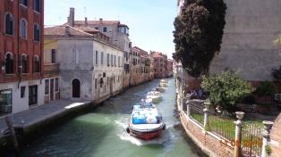 Venetian traffic jam