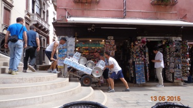 deliveries in Venice are not easy!