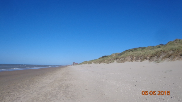 endless sandy beach, backed by dunes at Zuydcoote
