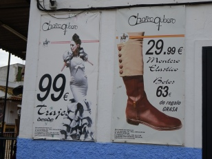 what the well dressed are wearing this season in El Rocio