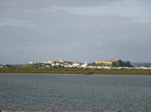 Castro Marim from the Spanish side of the river.