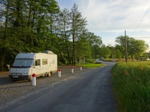 allocated motorhome parking on a quiet backroad just outside Laruscade. The French are so good at this!